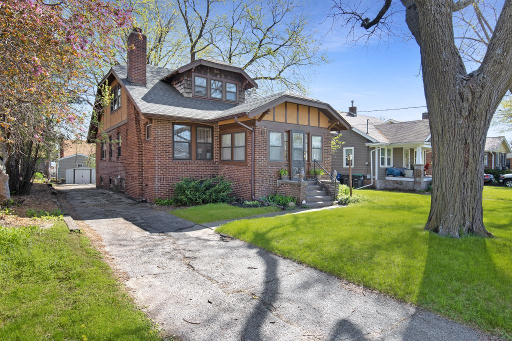 50310 Real Estate Listings Main Image