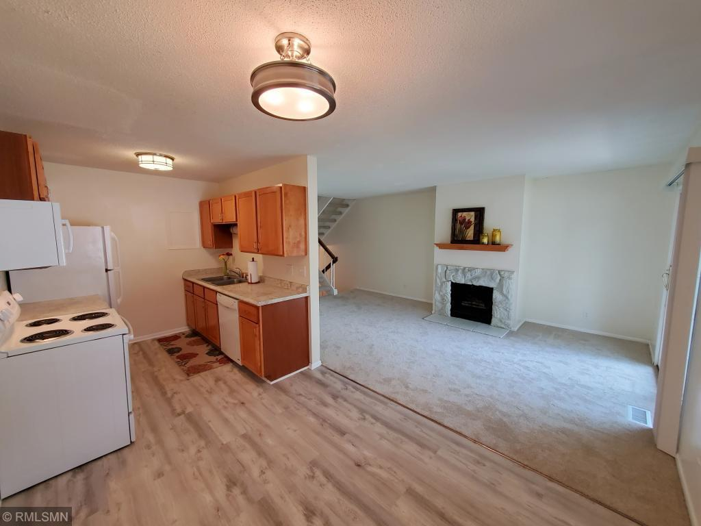 3283 Hill Ridge Drive #63 Property Photo - Eagan, MN real estate listing