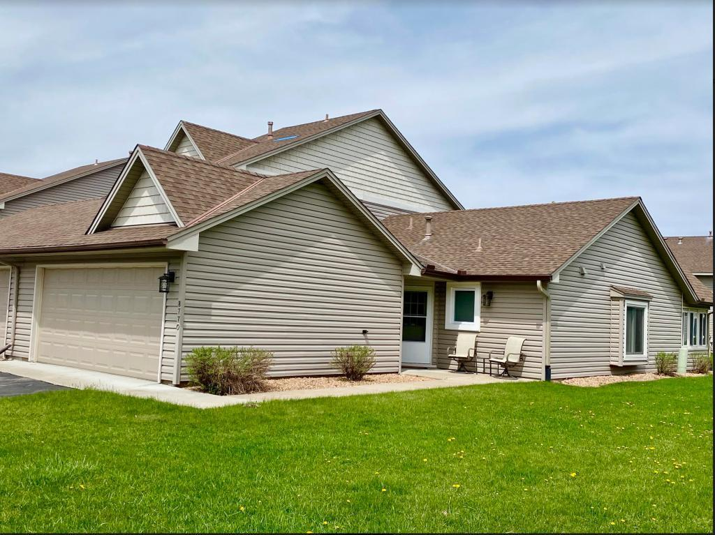 8770 Cottonwood N Property Photo