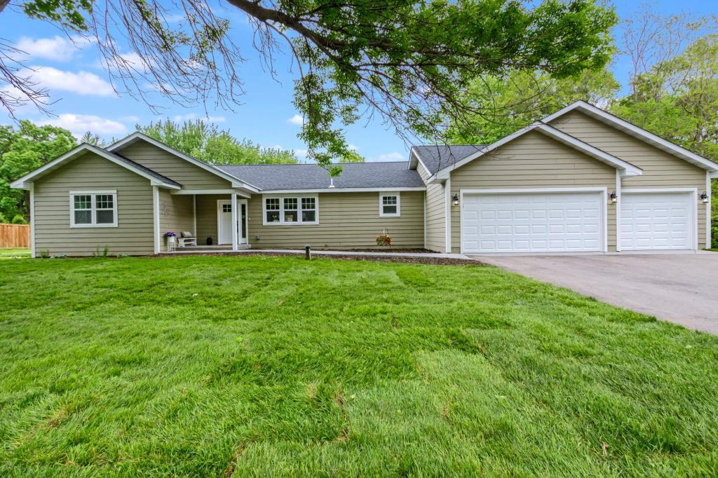 5320 Hodgson Rd, North Oaks, MN 55126 - North Oaks, MN real estate listing