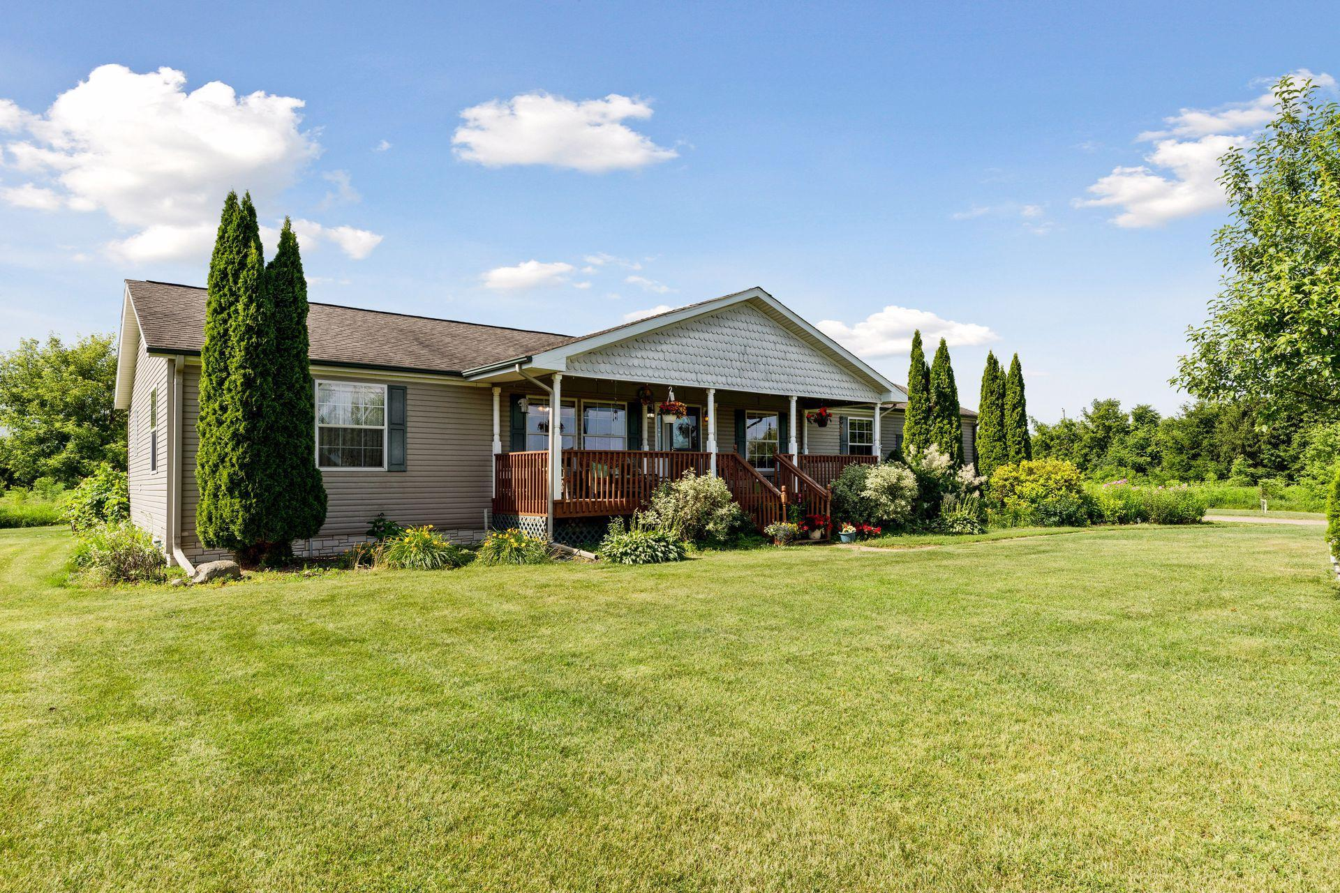 14085 350th Property Photo - Lindstrom, MN real estate listing