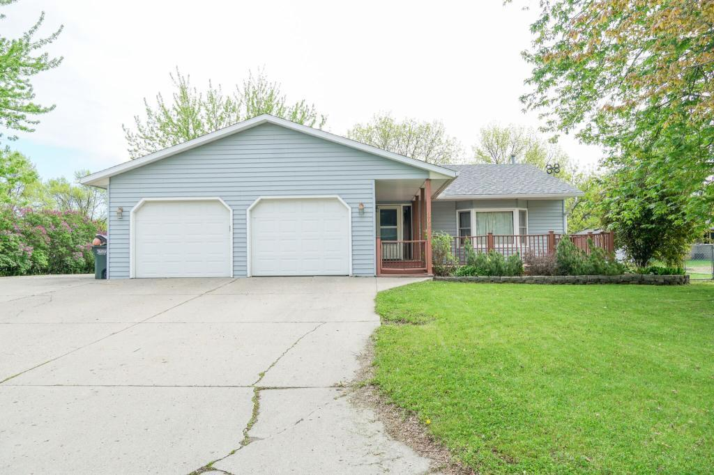309 Boulder SW Property Photo - Hutchinson, MN real estate listing