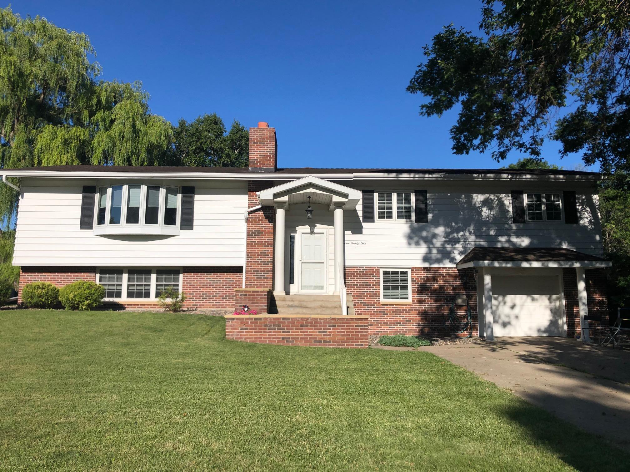 421 S Paffrath Avenue Property Photo - Springfield, MN real estate listing