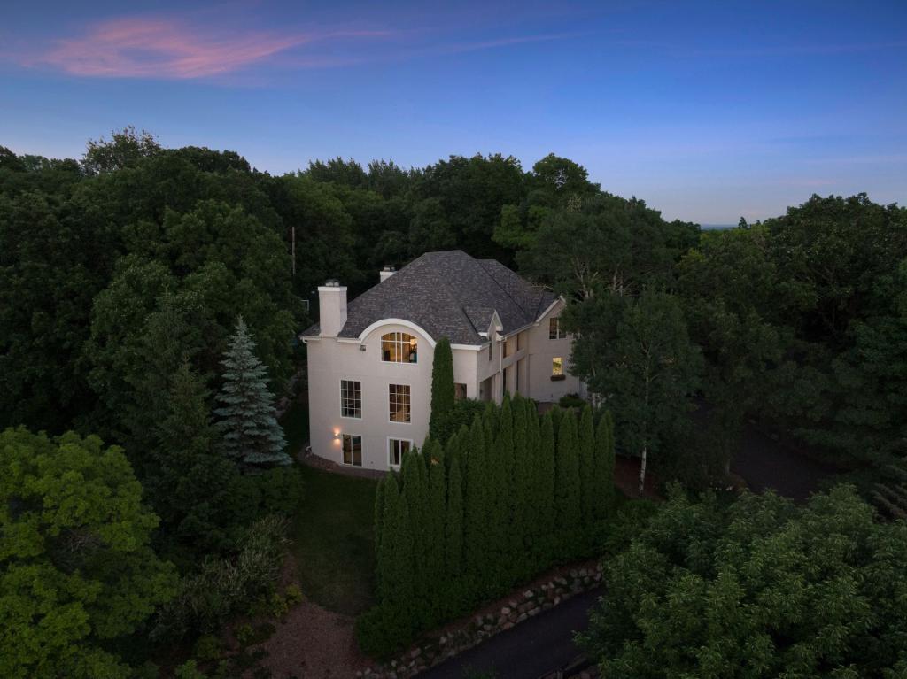 15220 Wild Wings Property Photo - Minnetonka, MN real estate listing