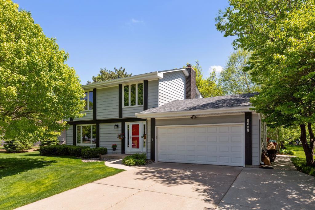 9609 Utica, Bloomington, MN 55437 - Bloomington, MN real estate listing