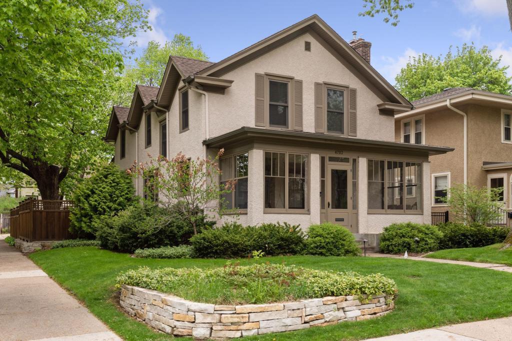 4703 Dupont Avenue S Property Photo - Minneapolis, MN real estate listing