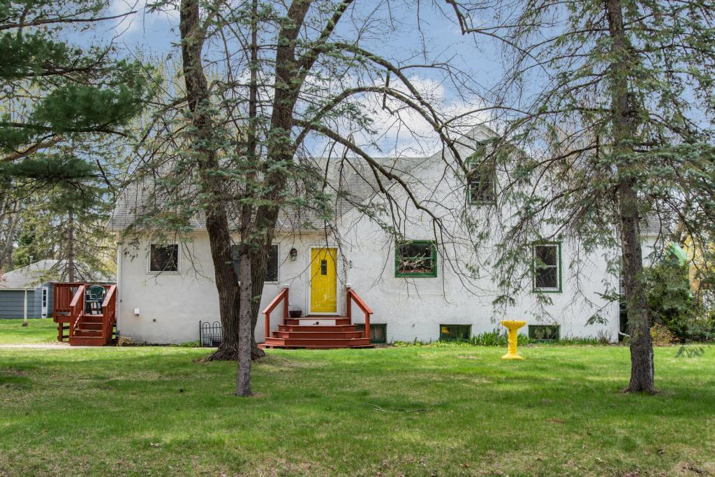 6451 Maple Property Photo - North Branch, MN real estate listing