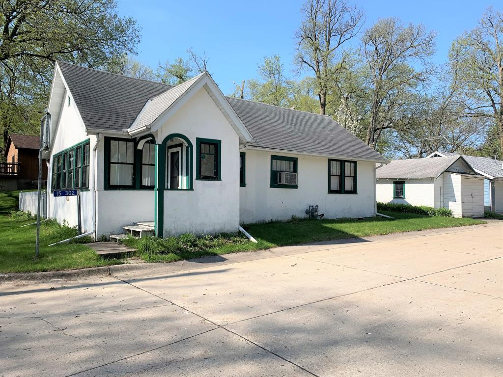 15302 Bayside Property Photo - Clear Lake, IA real estate listing