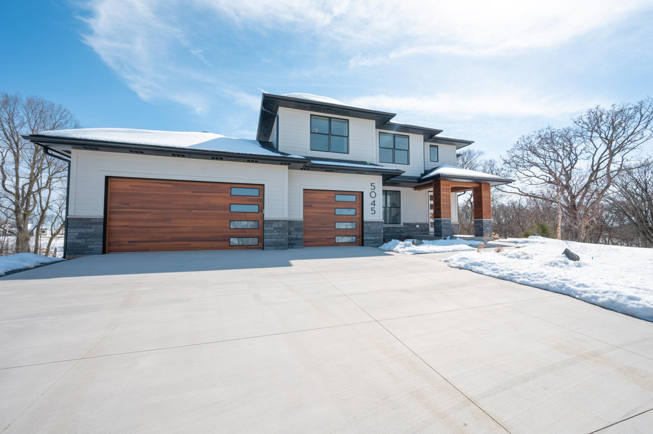 5045 Riley Lane Sw Property Photo