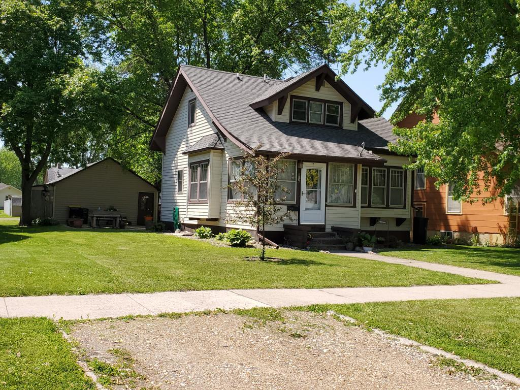 817 6th N Property Photo - Saint James, MN real estate listing