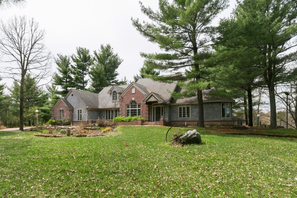 2202 Eagle Point Road Property Photo - Menomonie, WI real estate listing