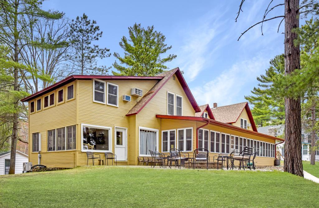 Arthurs Point Real Estate Listings Main Image
