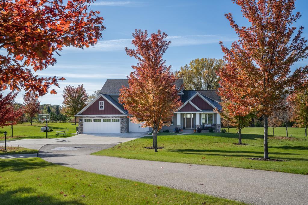 1403 73rd NW, Willmar, MN 56201 - Willmar, MN real estate listing