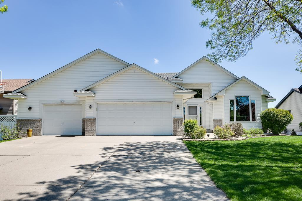 8836 Jersey N Property Photo - Brooklyn Park, MN real estate listing