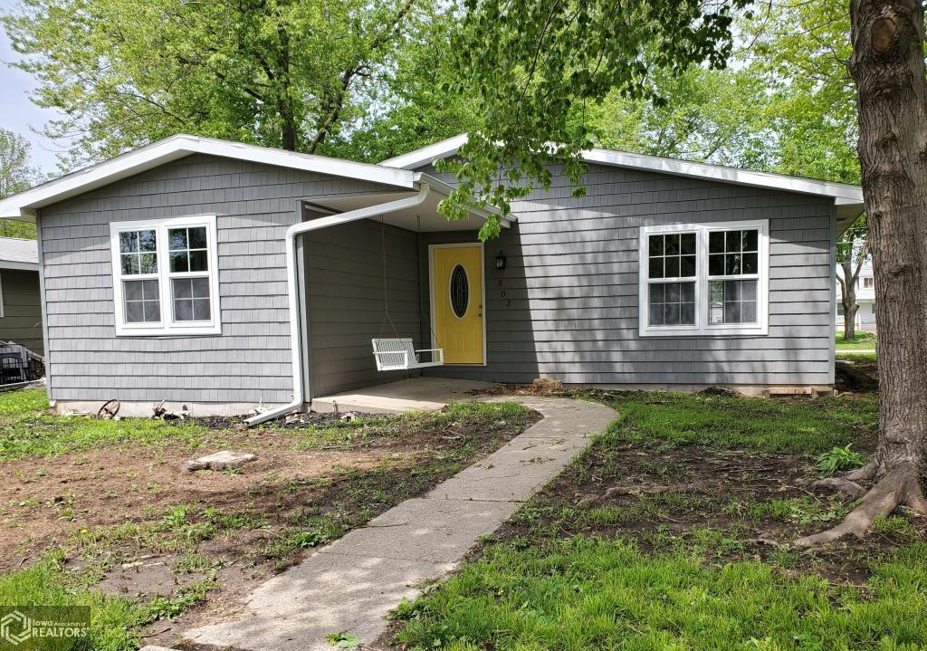 52645 Real Estate Listings Main Image