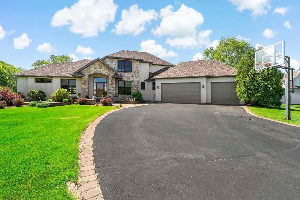 9002 Alvarez Avenue Property Photo - Inver Grove Heights, MN real estate listing
