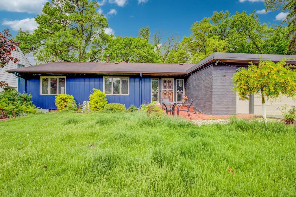 1645 Xerxes N Property Photo - Golden Valley, MN real estate listing