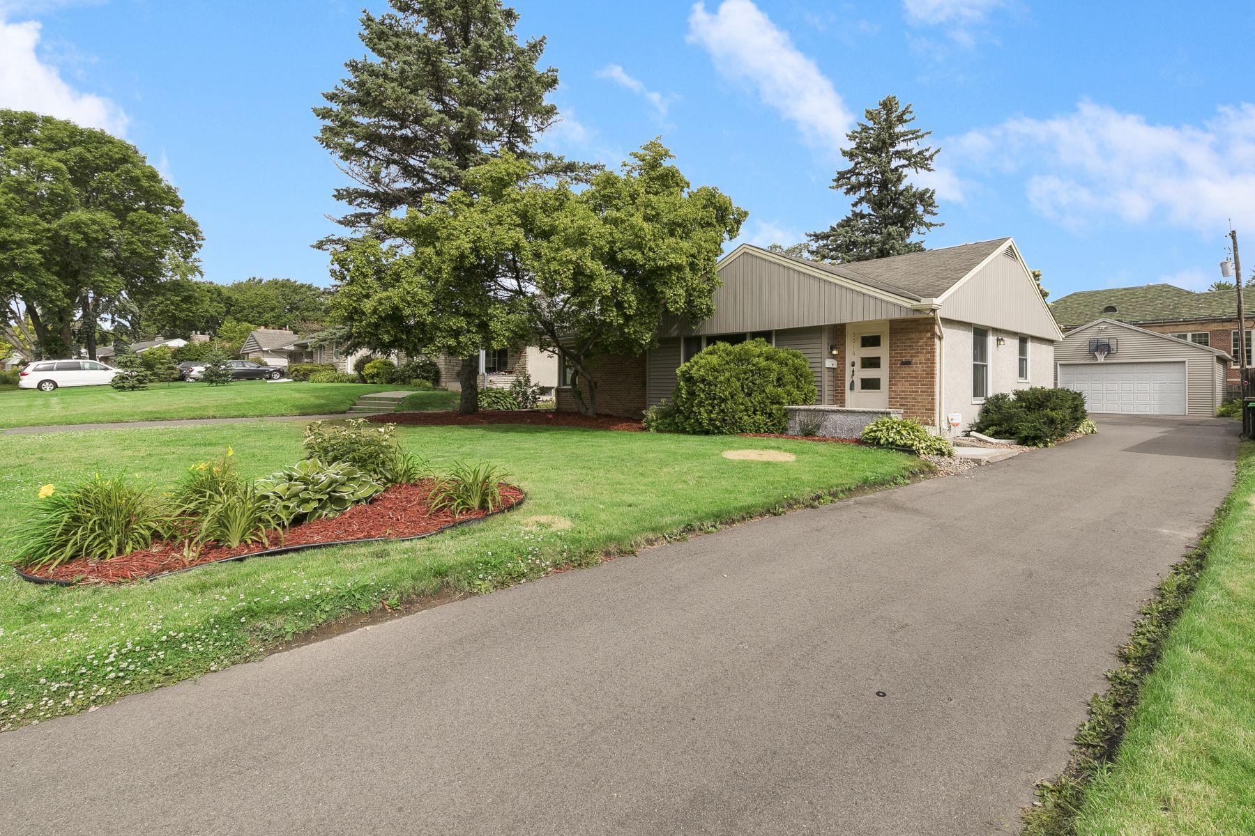 5016 Richmond Property Photo - Edina, MN real estate listing