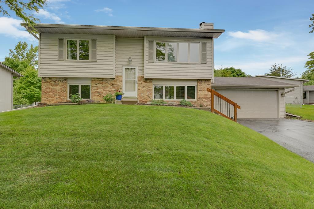 6306 Whispering Oaks Property Photo