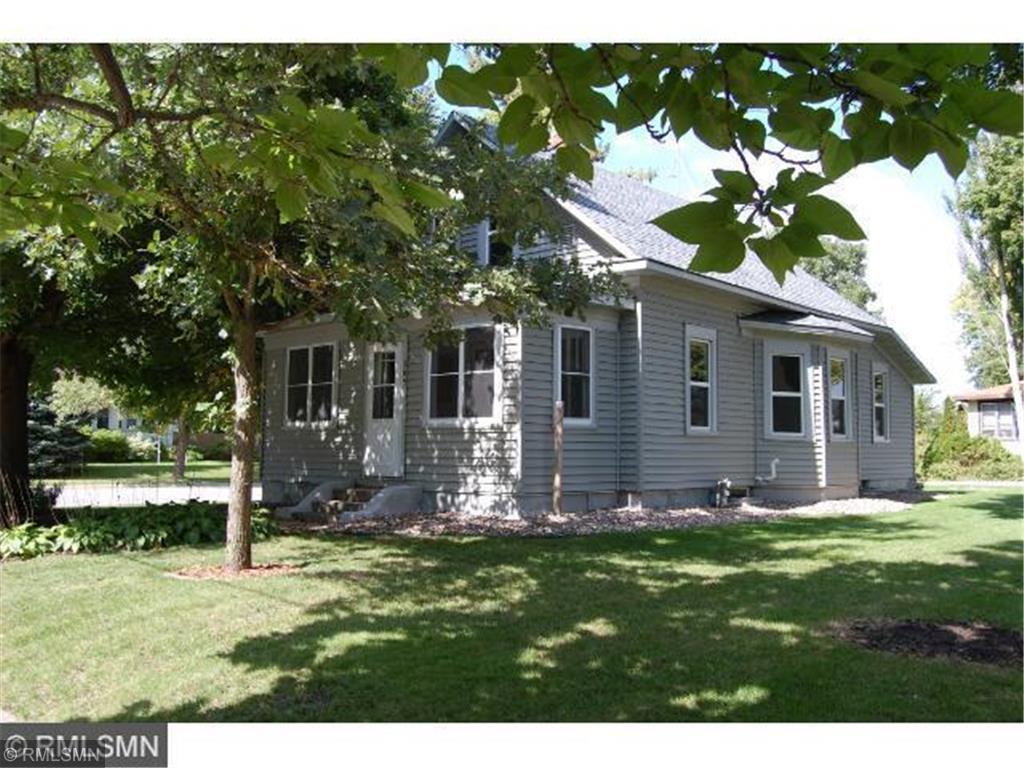 305 4th SE Property Photo - Cokato, MN real estate listing