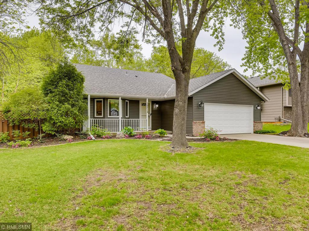 15712 Chalet Property Photo - Burnsville, MN real estate listing