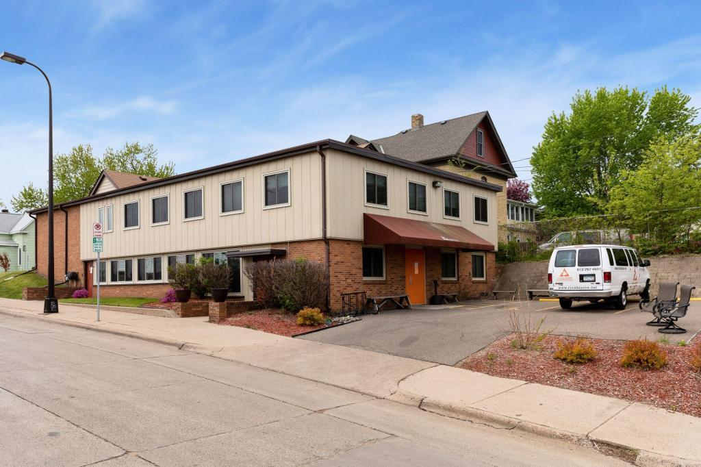 55412 Real Estate Listings Main Image