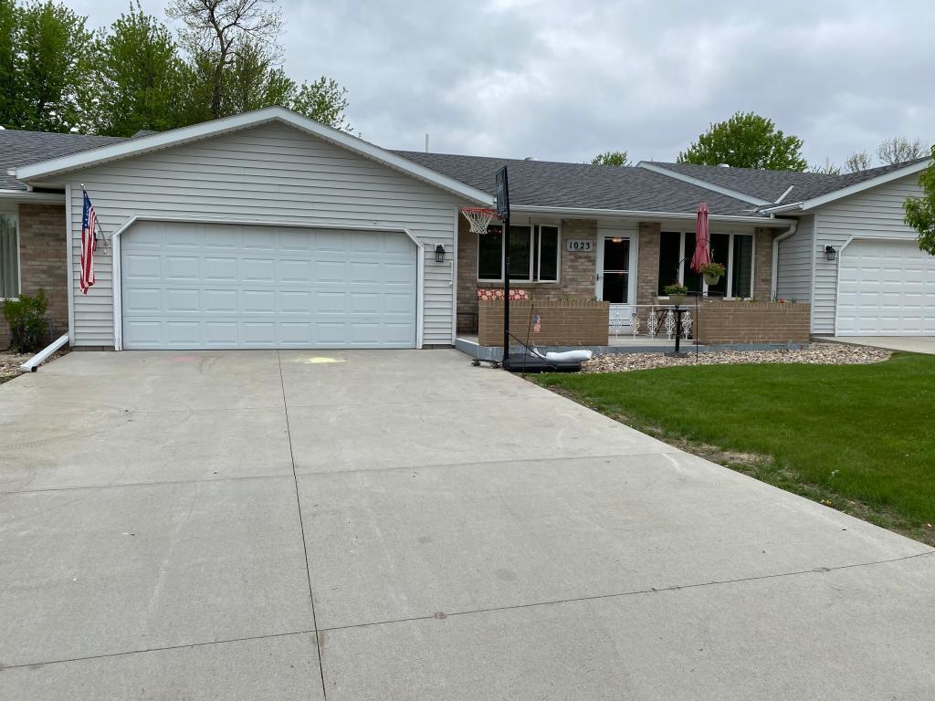 1023 Liberty Drive #3 Property Photo - Worthington, MN real estate listing