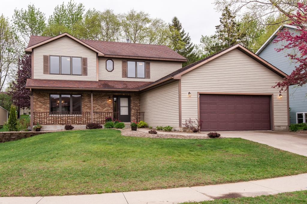 1109 Knoll NW Property Photo - Rochester, MN real estate listing
