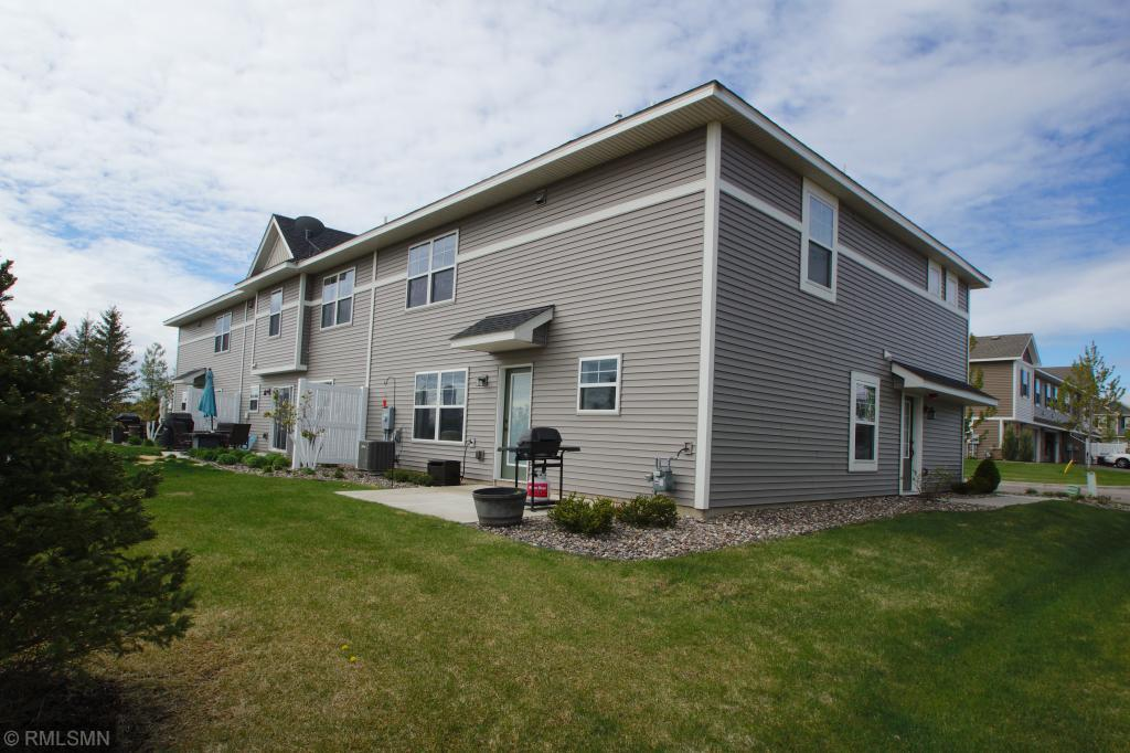 9995 5th Street N Property Photo