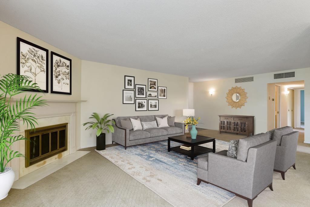 4075 W 51st Street #106 Property Photo