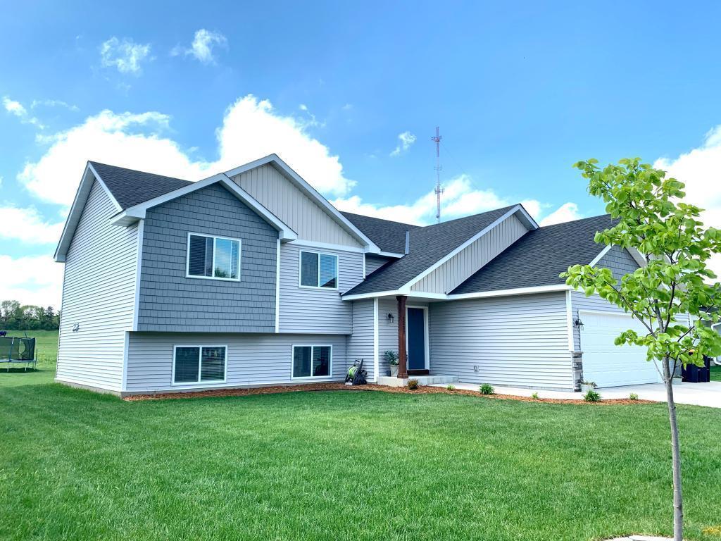 1237 Bluff Property Photo - Dundas, MN real estate listing