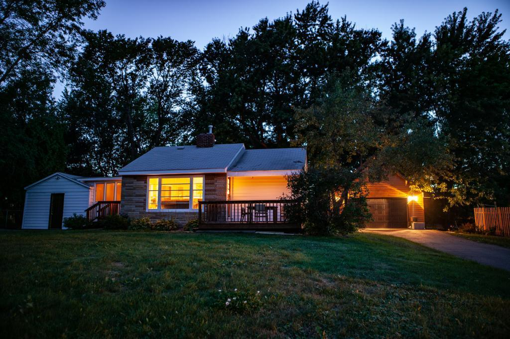 2368 Hadley N Property Photo - Oakdale, MN real estate listing
