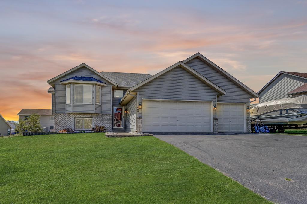 408 Dakota Property Photo - Roberts, WI real estate listing