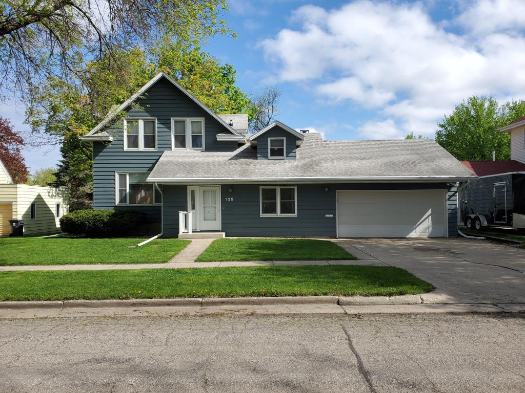 125 Elm Property Photo - Tracy, MN real estate listing