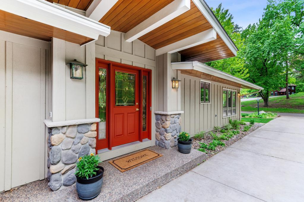 4837 Hamilton Property Photo - Minnetonka, MN real estate listing