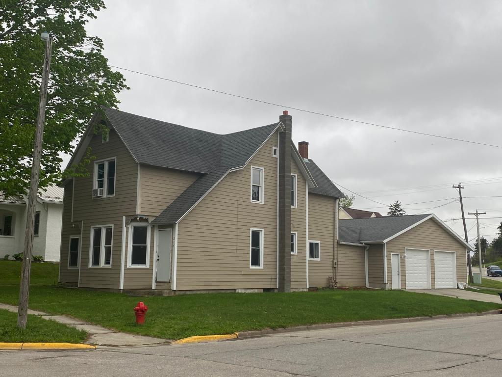 217 Oak Street N Property Photo - Mabel, MN real estate listing