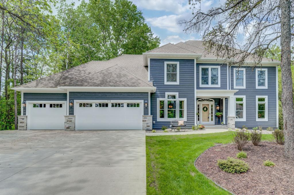 773 Wildridge Court Property Photo - Mahtomedi, MN real estate listing