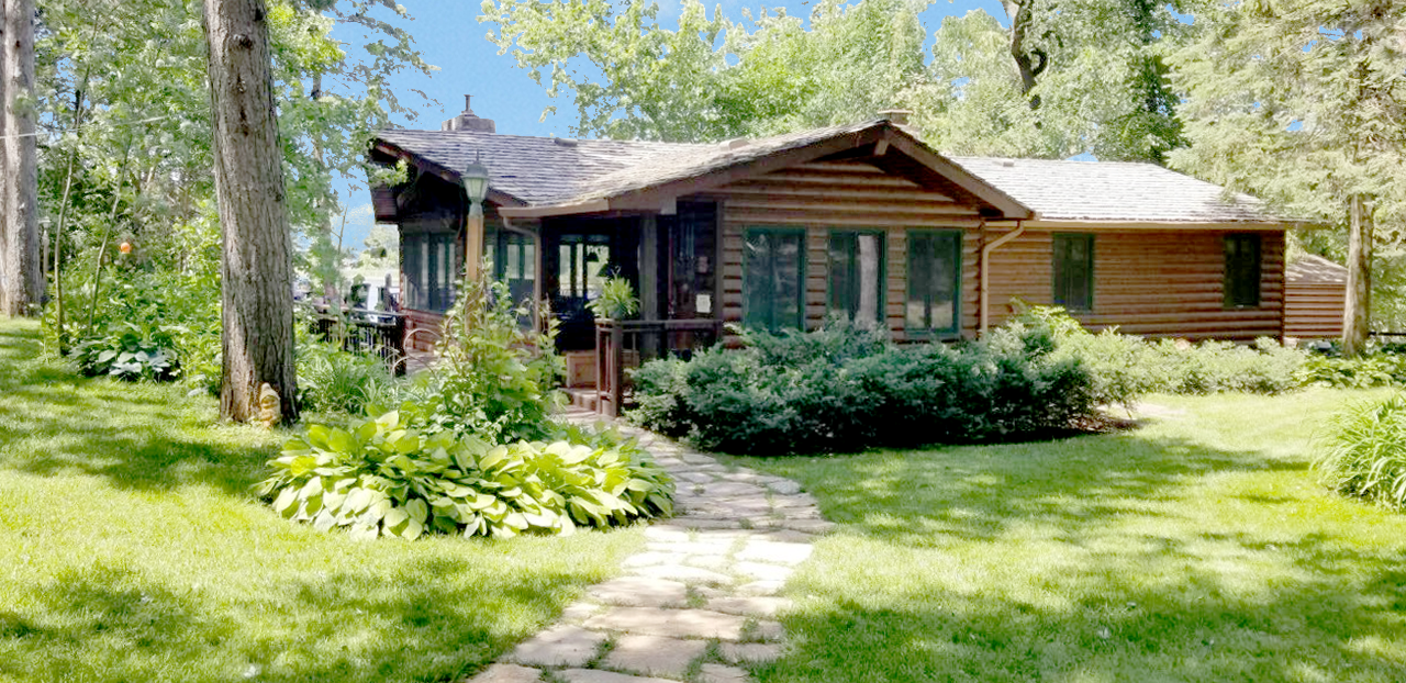 1818 Donnelly NW Property Photo - Buffalo, MN real estate listing