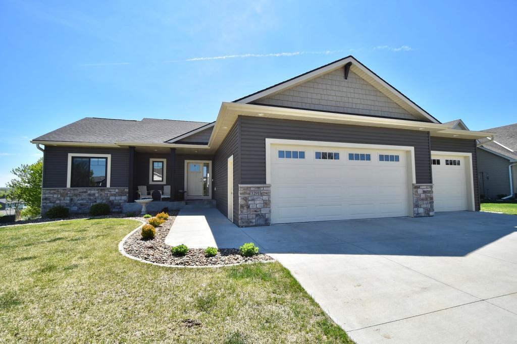 1291 Pine Ridge NE Property Photo - Pine Island, MN real estate listing