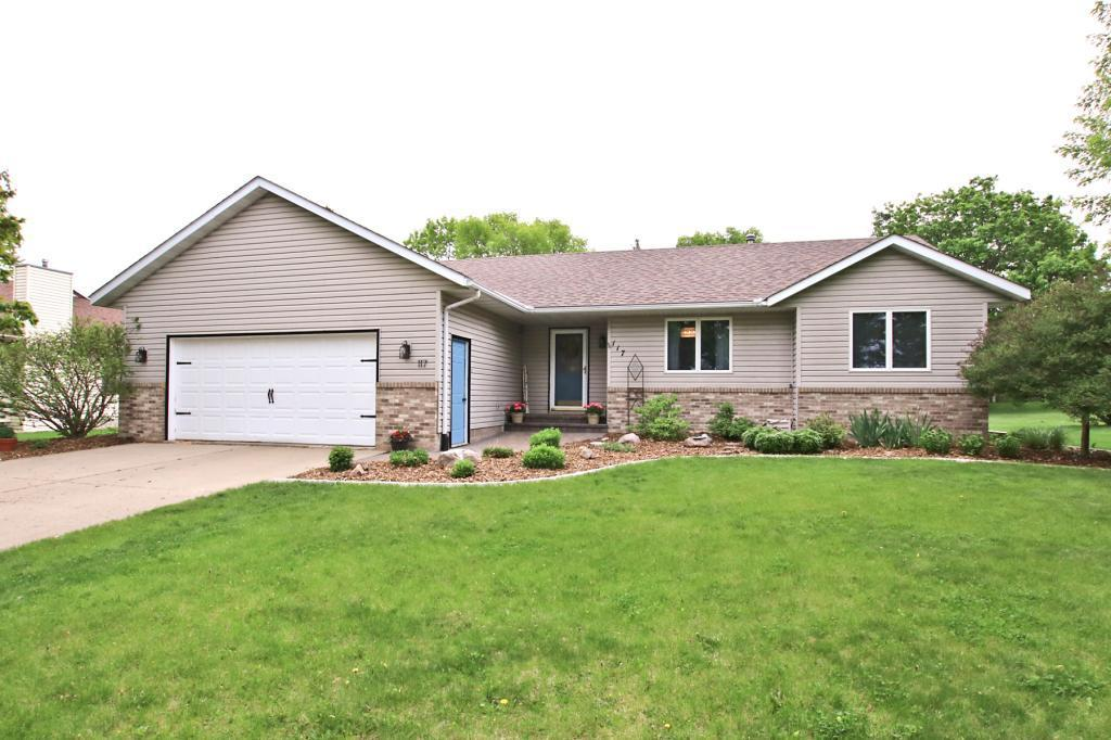 117 Elk SE Property Photo - Hutchinson, MN real estate listing