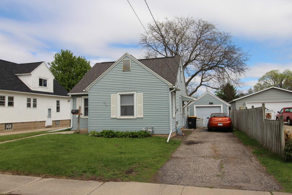 832 8th SE Property Photo - Rochester, MN real estate listing