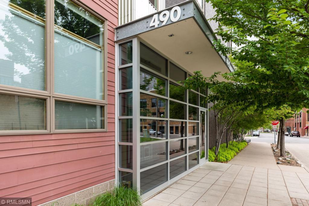 490 Temperance #304 Property Photo