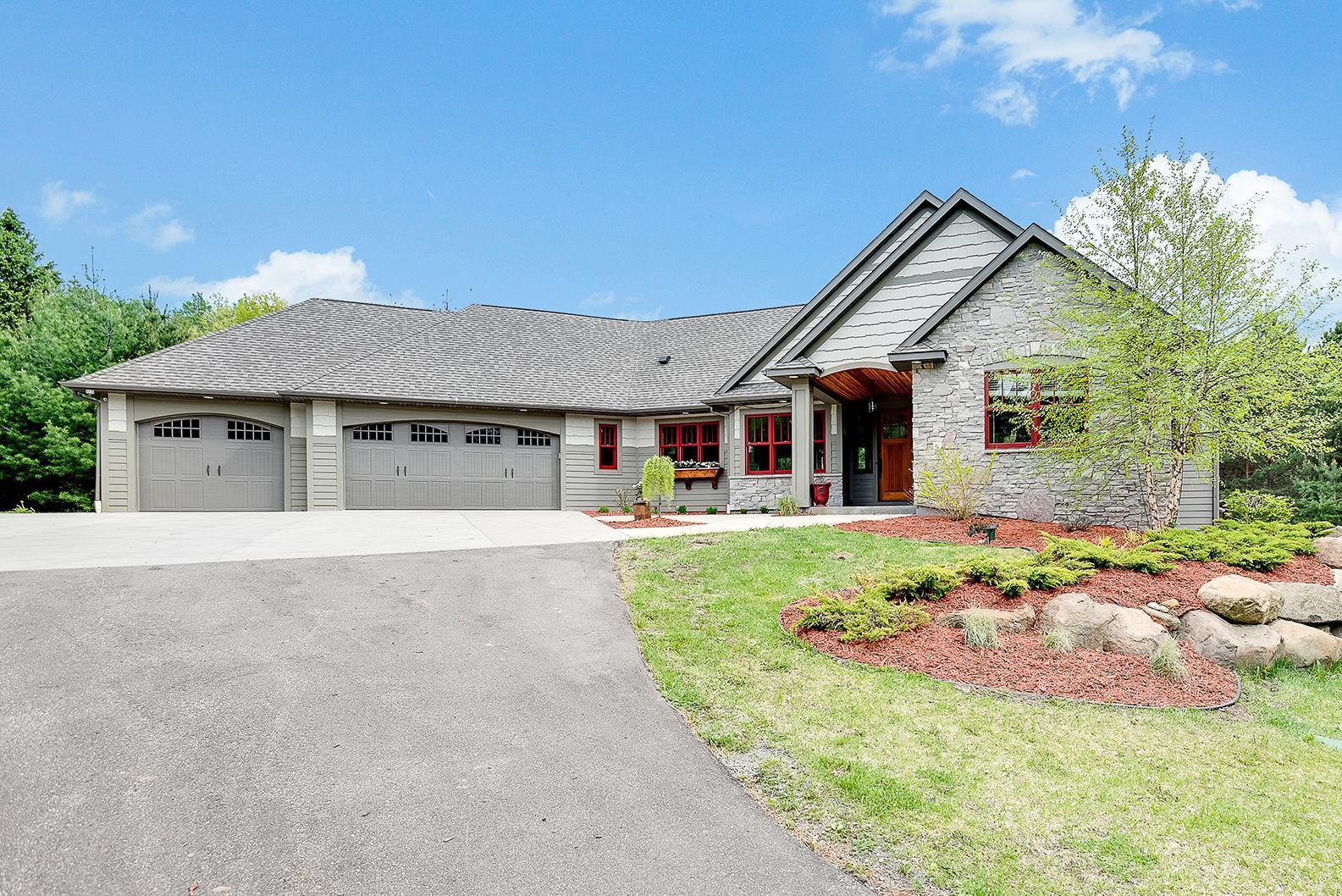 13497 Homestead Avenue N Property Photo - Hugo, MN real estate listing