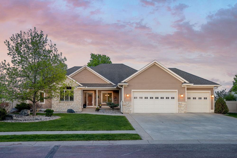 137 Creekside Property Photo