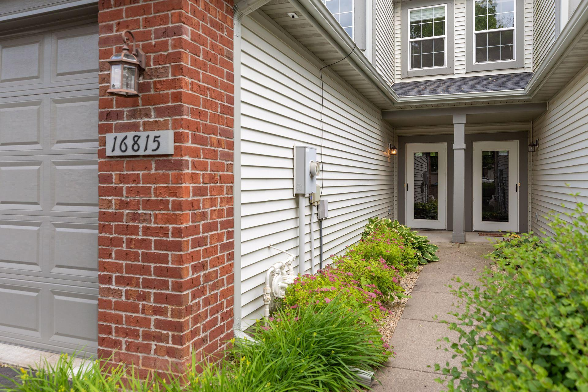 16815 79th N Property Photo - Maple Grove, MN real estate listing