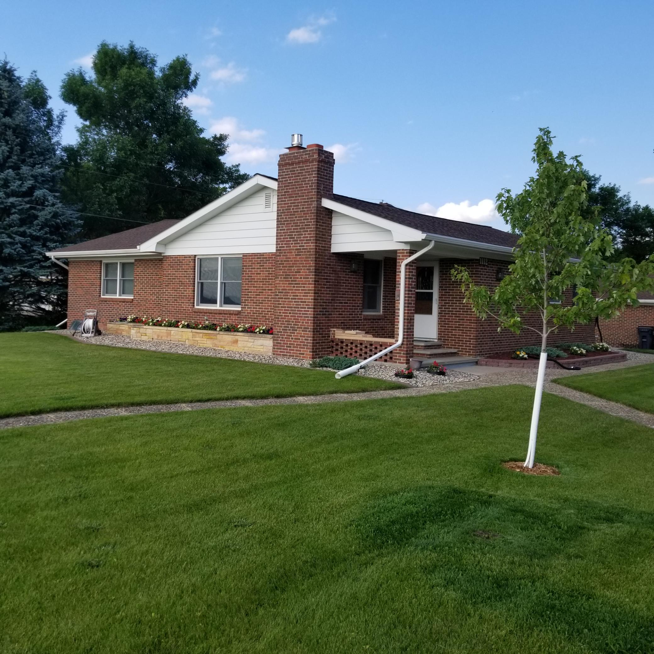 1112 Center Property Photo - Tracy, MN real estate listing