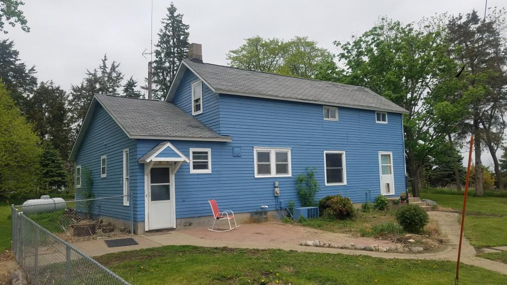 21841 Sherwood Avenue Property Photo - Sleepy Eye, MN real estate listing