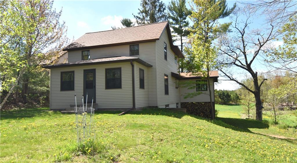 1065 16th Avenue Property Photo - Clinton Twp, WI real estate listing