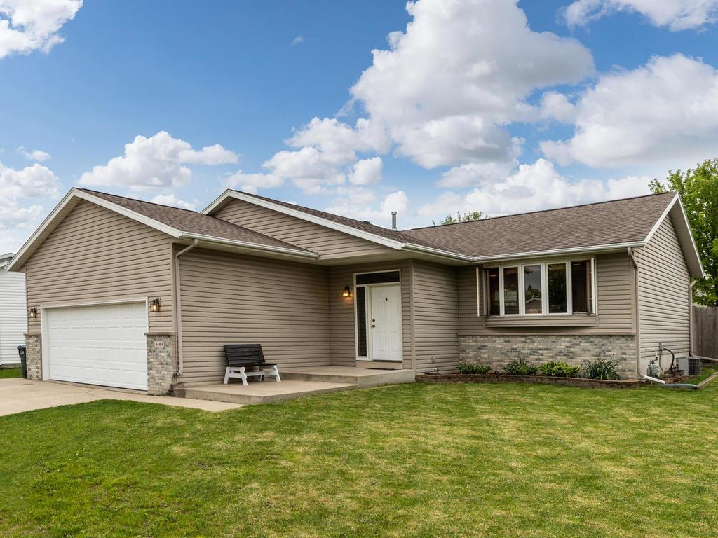 4864 11th NW Property Photo - Rochester, MN real estate listing
