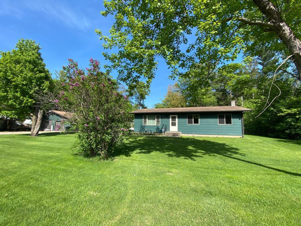 20850 Cadwell Avenue Property Photo